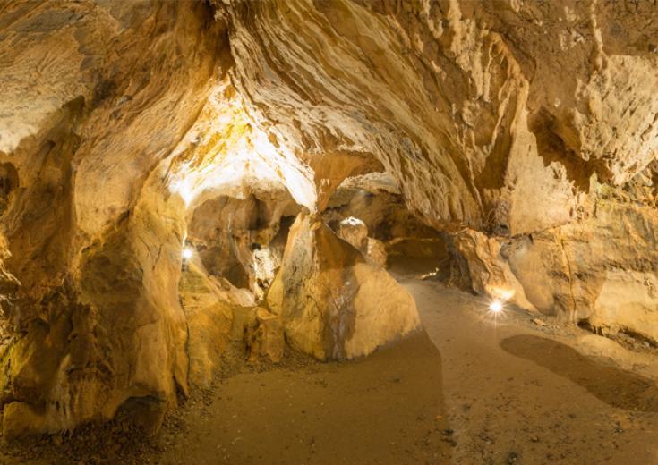 Les grottes de Saulges dans les Coëvrons