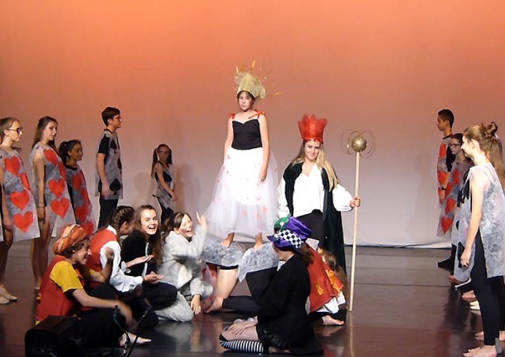 Théâtre dans les Coëvrons, la pièce Alice