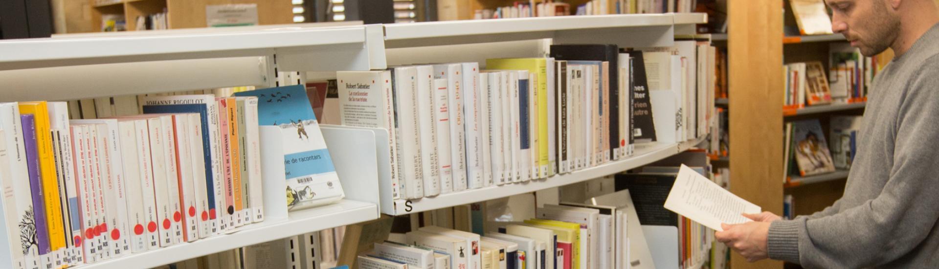 Une navette itinérante entre les médiatheques et bibliothèques des Coëvrons