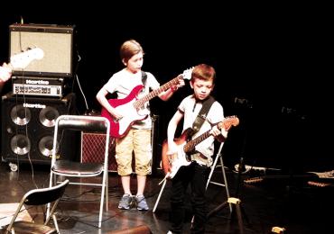 Atelier de guitare électrique et basse