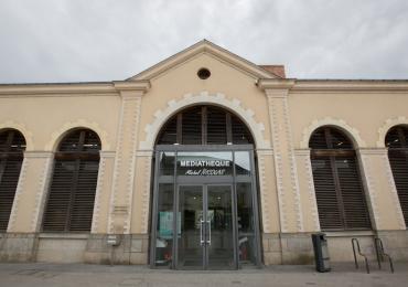 Médiathèque Michel Nicolas à Evron